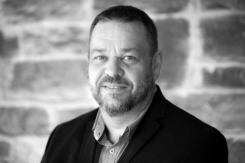 Sten Ingve Hellevang - Co-founder / Member Of The BoardTech. Lead Automation, Project ManagementTEL: +47 913 03209EMAIL: sten.ingve.hellevang@senseye.no