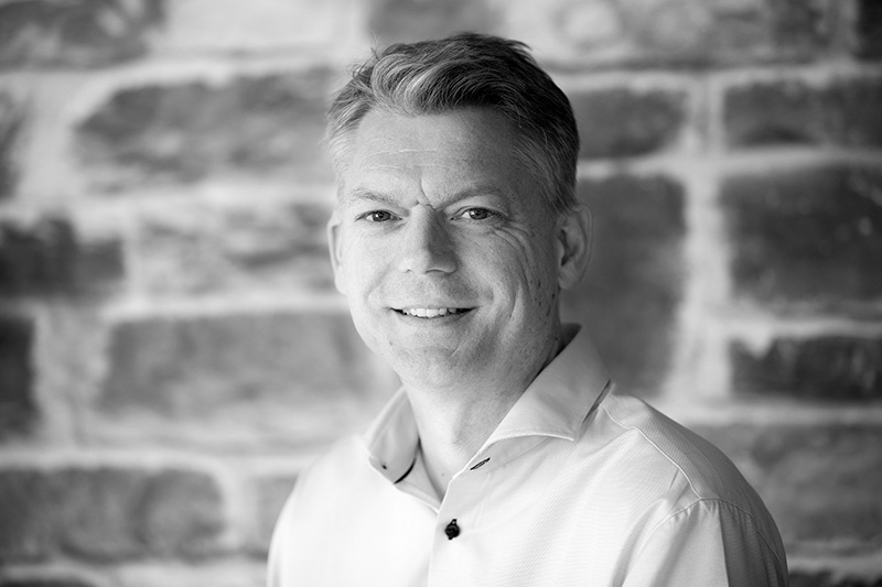 Per Christian Engdal - Co-founder / Chief Executive OfficerTech. Lead Software, Project ManagementTEL: +47 98 26 93 01EMAIL: per.christian.engdal@senseye.no