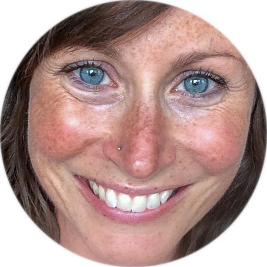 Michelle headshot-2-3.jpg