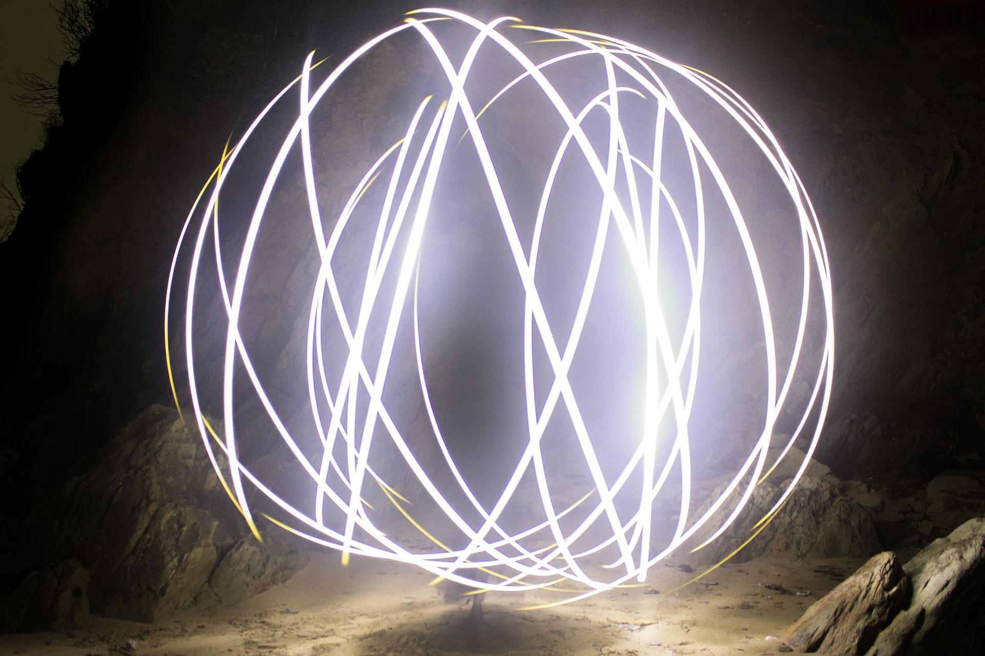 light-1272254_1920.jpg