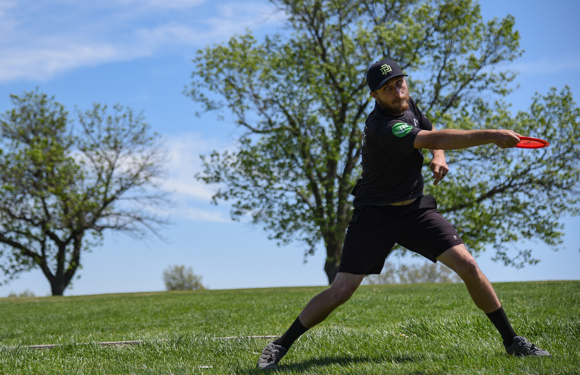Chris Dickerson throws during the final round of the Glass Blown Open.
