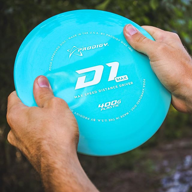 Did you know that the D1 Max is now available in 400G Plastic? Same consistent overstability made for power throwers, with even more durability. ••• #prodigydisc #poweredbyprodigy #discgolf #discgolflife #discgolfshoutouts
