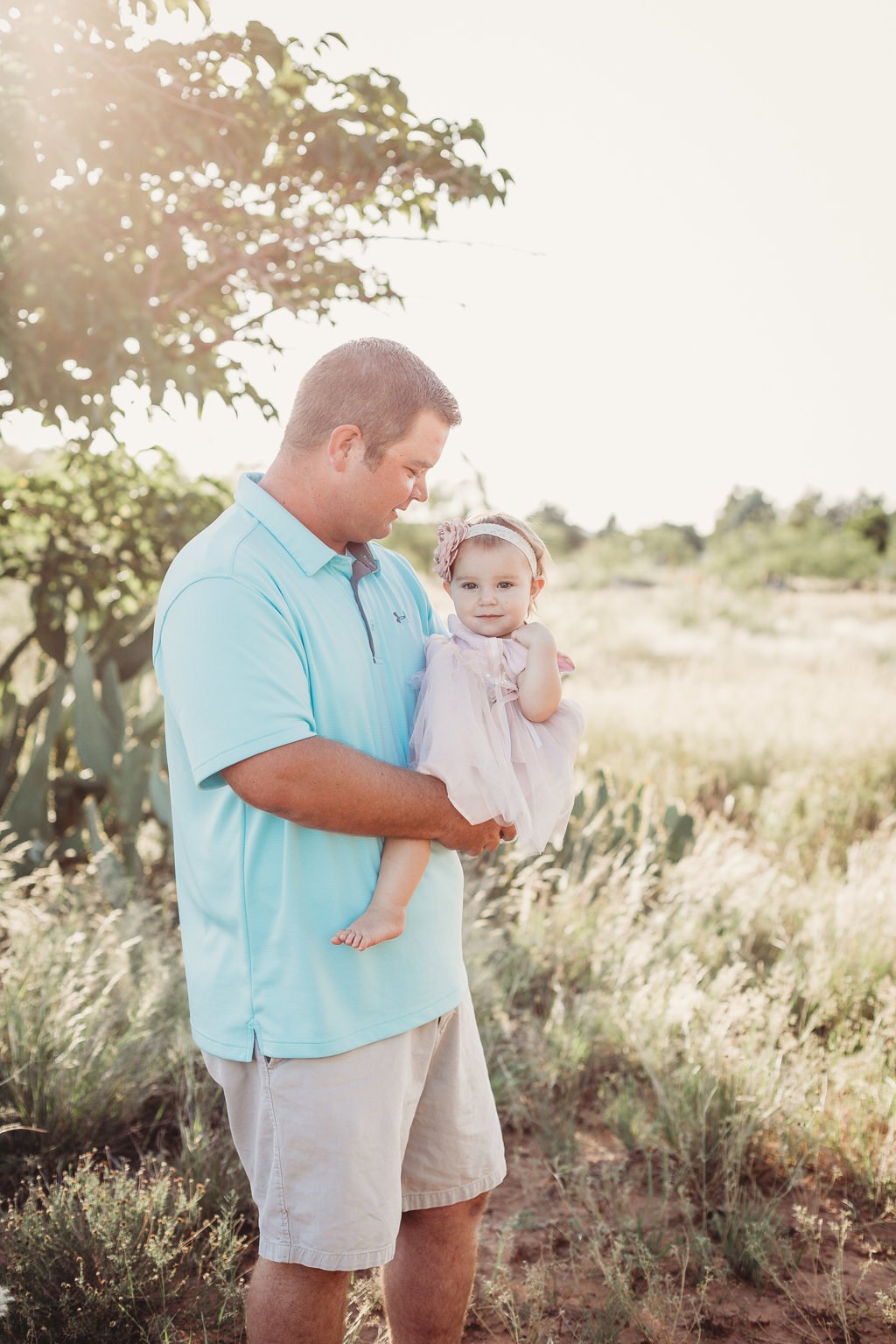 Nizhoni Photography Odessa texas family photographer sunset session