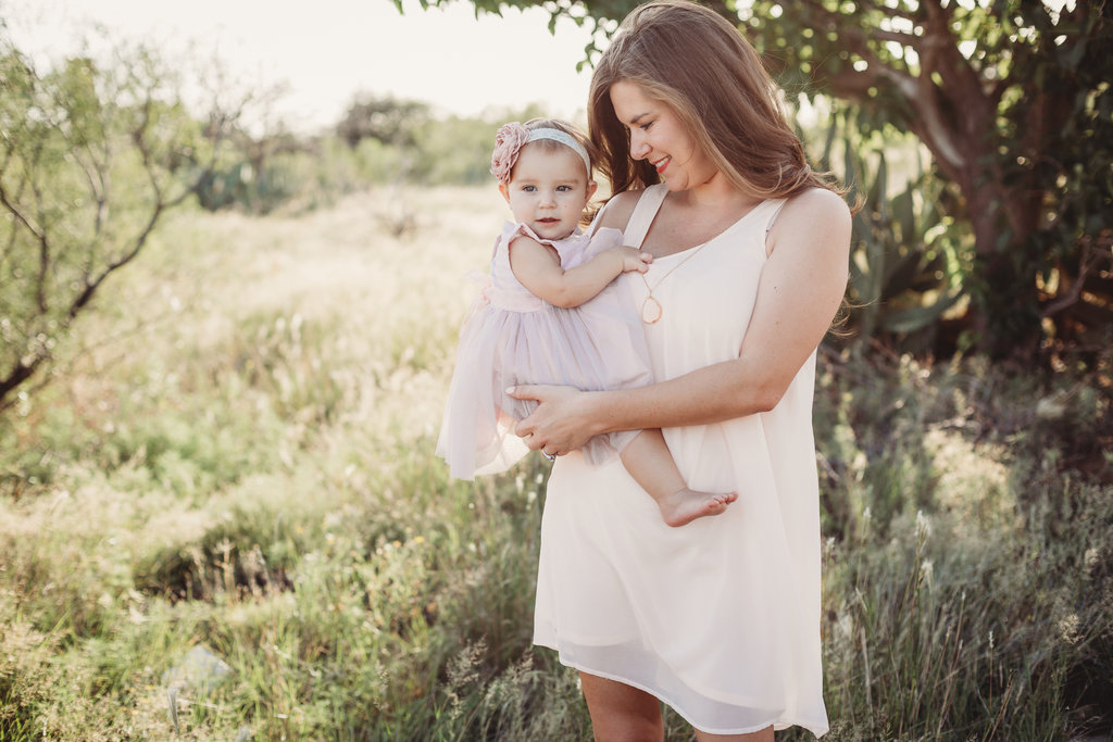 Midland Texas family photographer mommy and me session