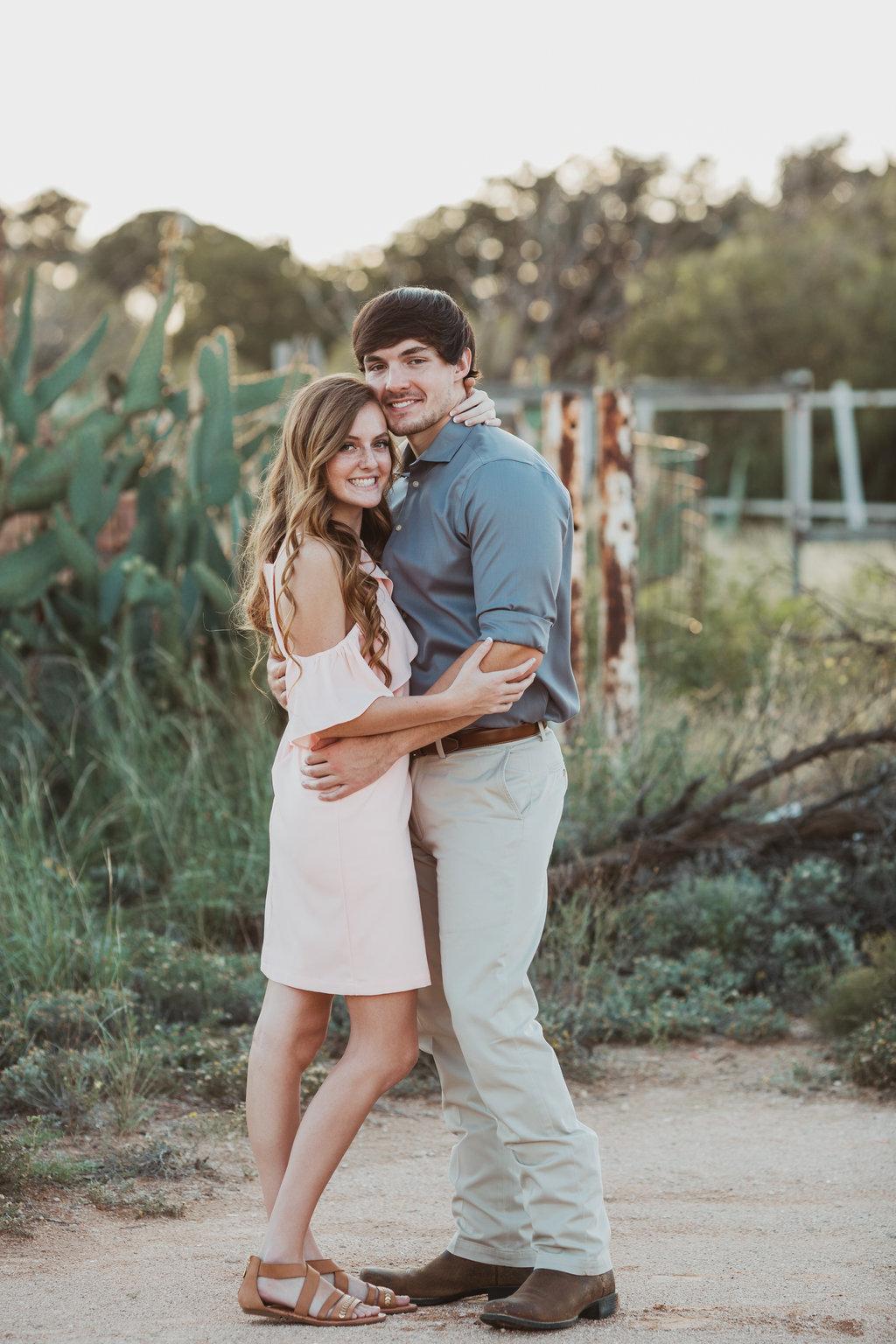 midland texas engagement photographer nizhoni photography (11).jpg