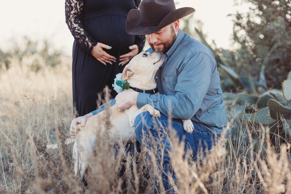 odessa texas maternity session with cowboy hat and dog