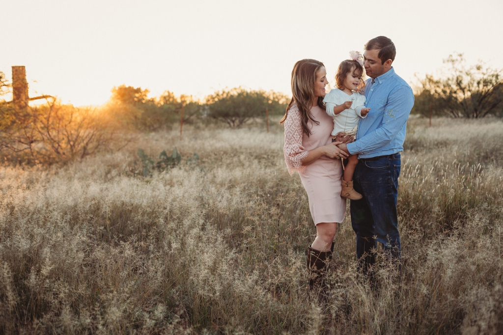 family photographer sunset session odessa texas