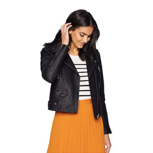Melanie Sutrathada shares how to transition your wardrobe from summer to fall. (1).png