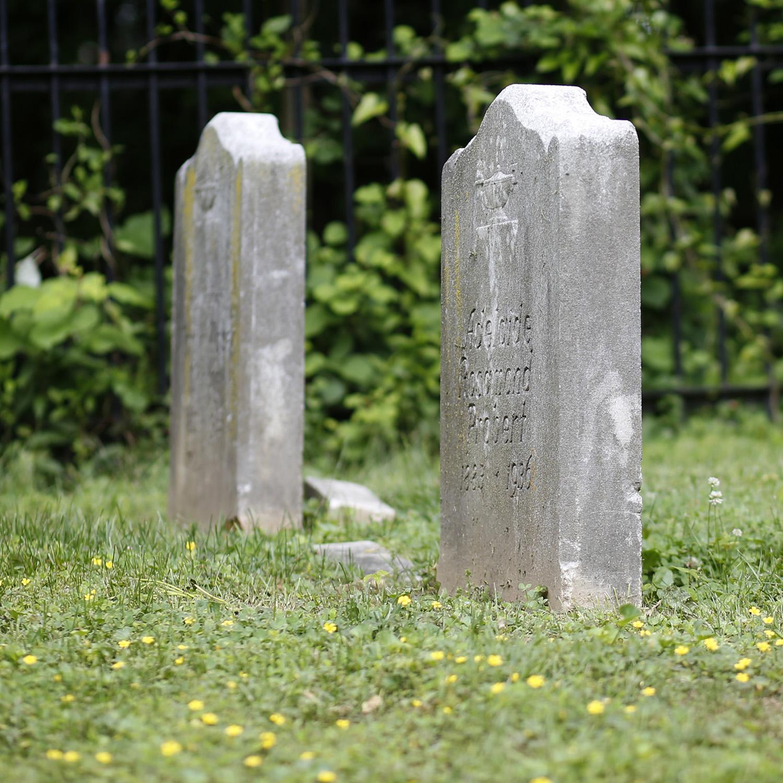 quaker burial