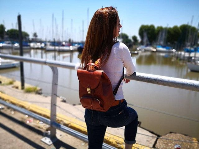 Medium brown backpack by Chellini Firenze, perfect for work or travel in style. Click link in bio to visit our shop  #italianstyle #luxury #luxurybag #classic #rucksack #backpack #leatherwork #leatherlovers #crafstmanship #handmade #timeless #vegtanned #madeinitaly #fineleathergoods #designer #italianhandbags #firenze #womensfashion #chellinifirenze #florence #gift