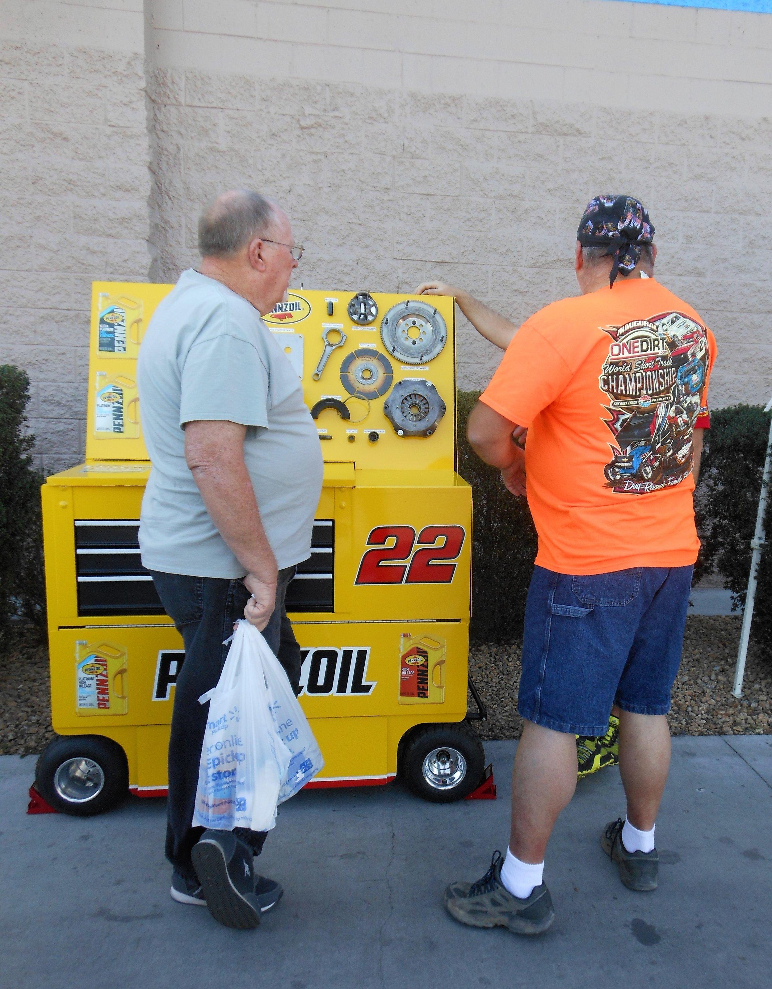 Store #2592 Fan Education