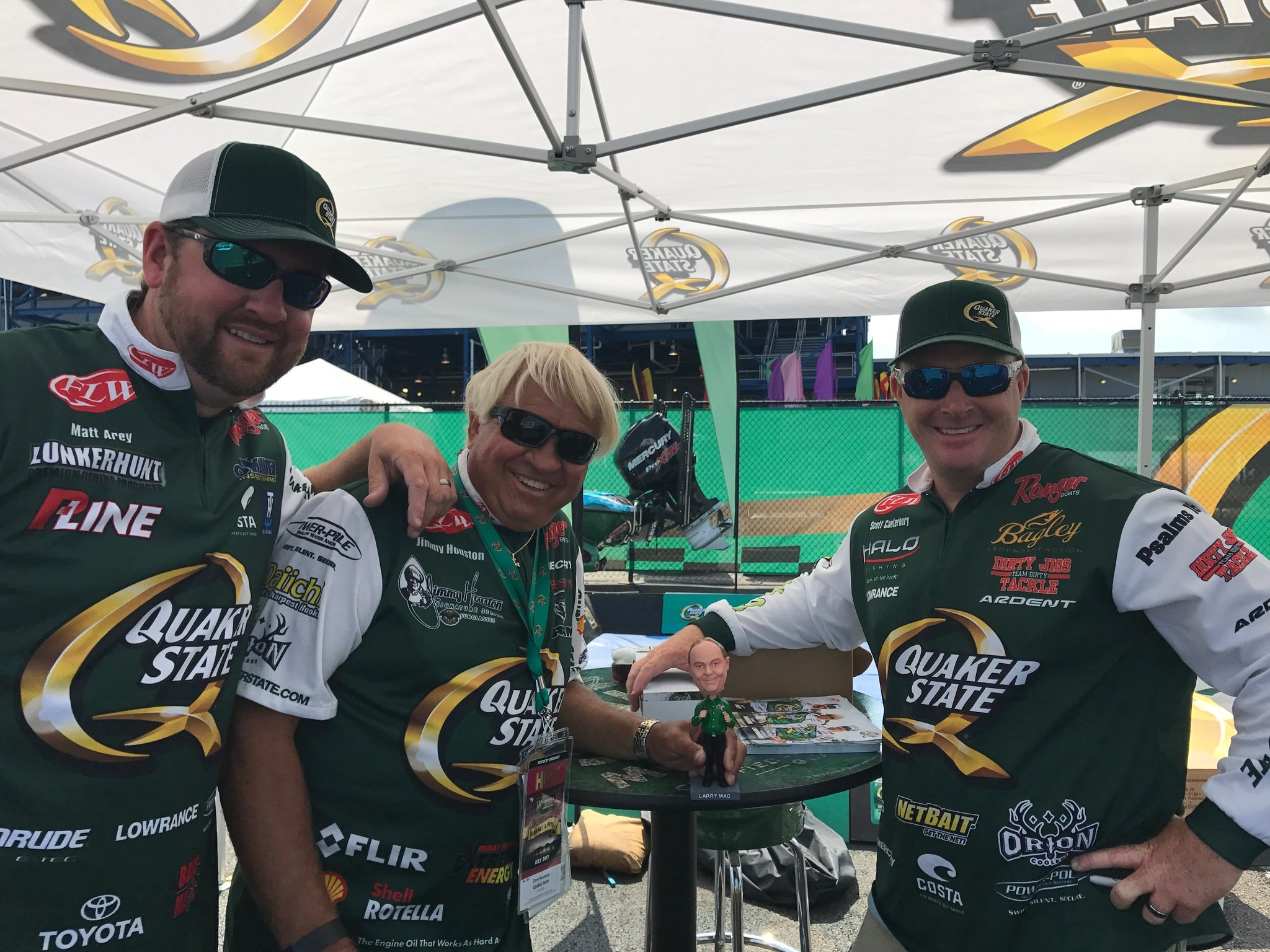 The FLW Anglers signing autographs for fans at the Quaker State 400.