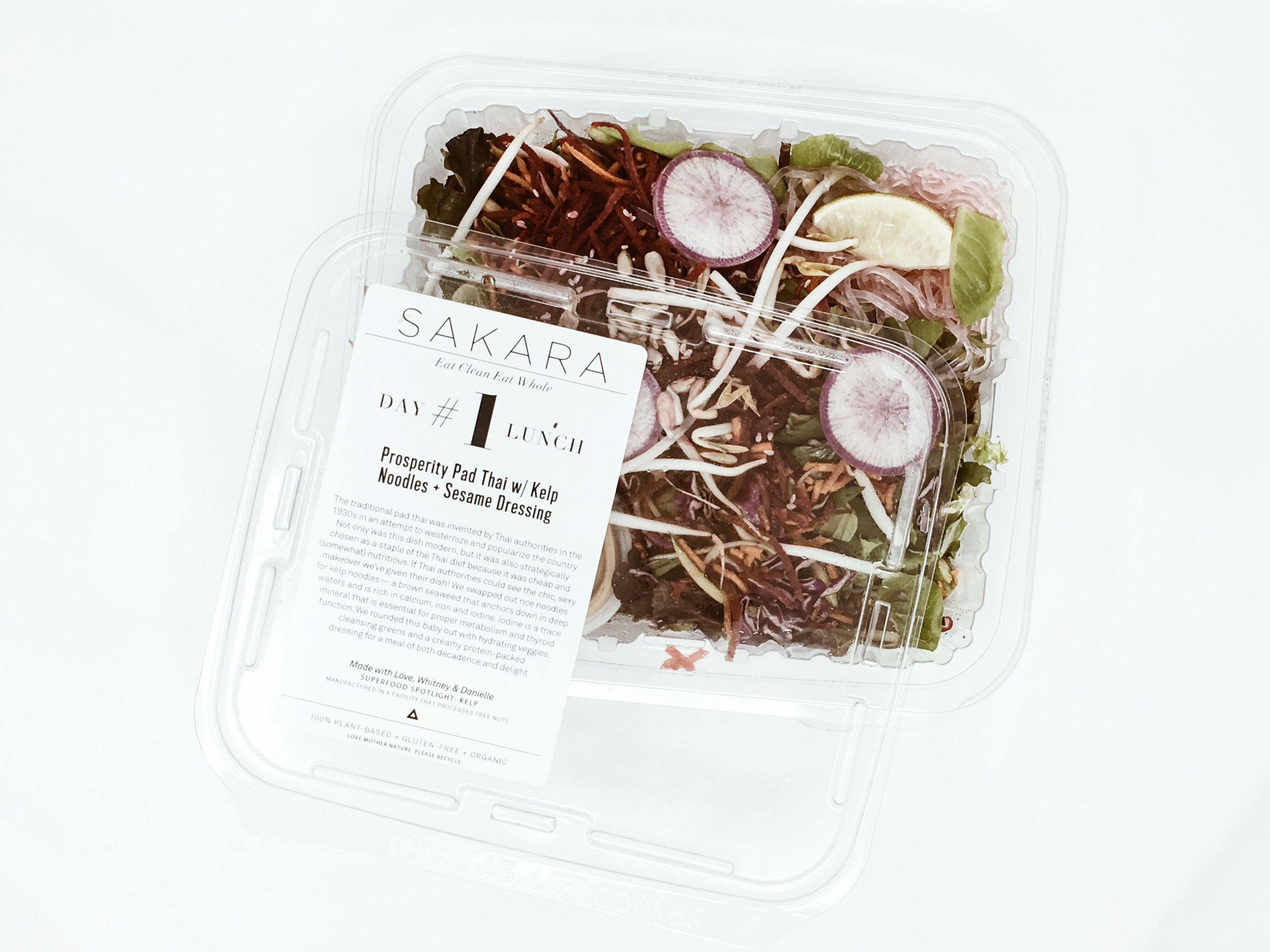 sakara eat clean eat whole