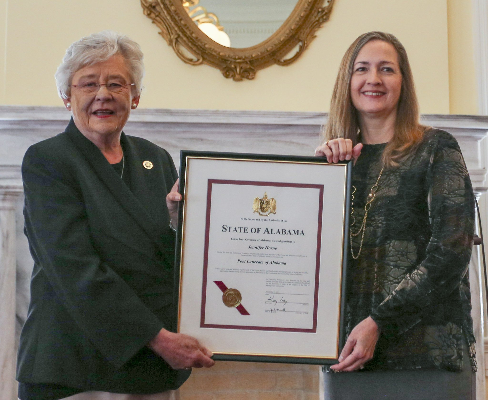 Governor Kay Ivey and Alabama State Poet Laureate Jennifer Horne at her commissioning in Montgomery, Alabama, November 2017.