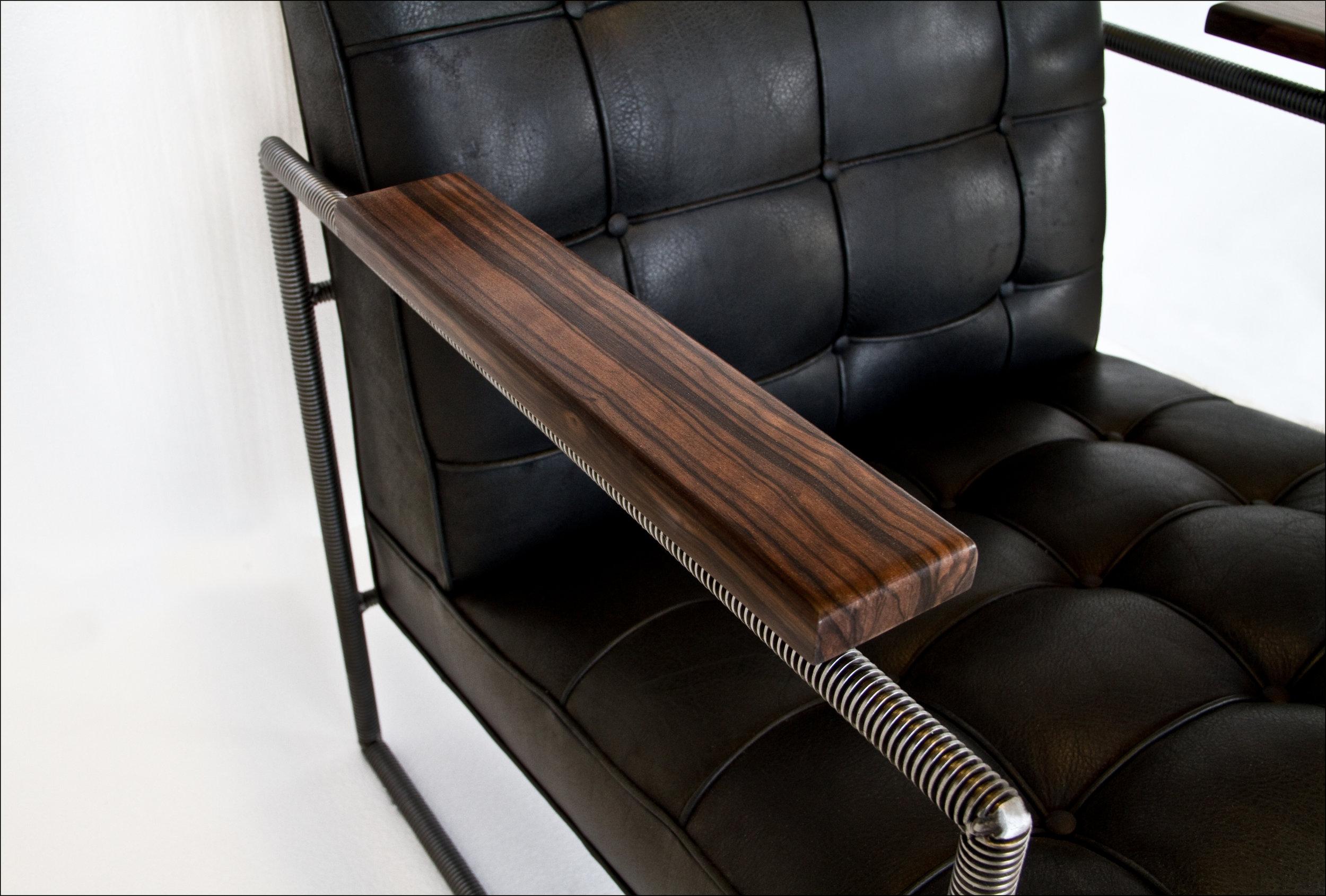 1935 chair detail olga guanabara richard velloso.jpg