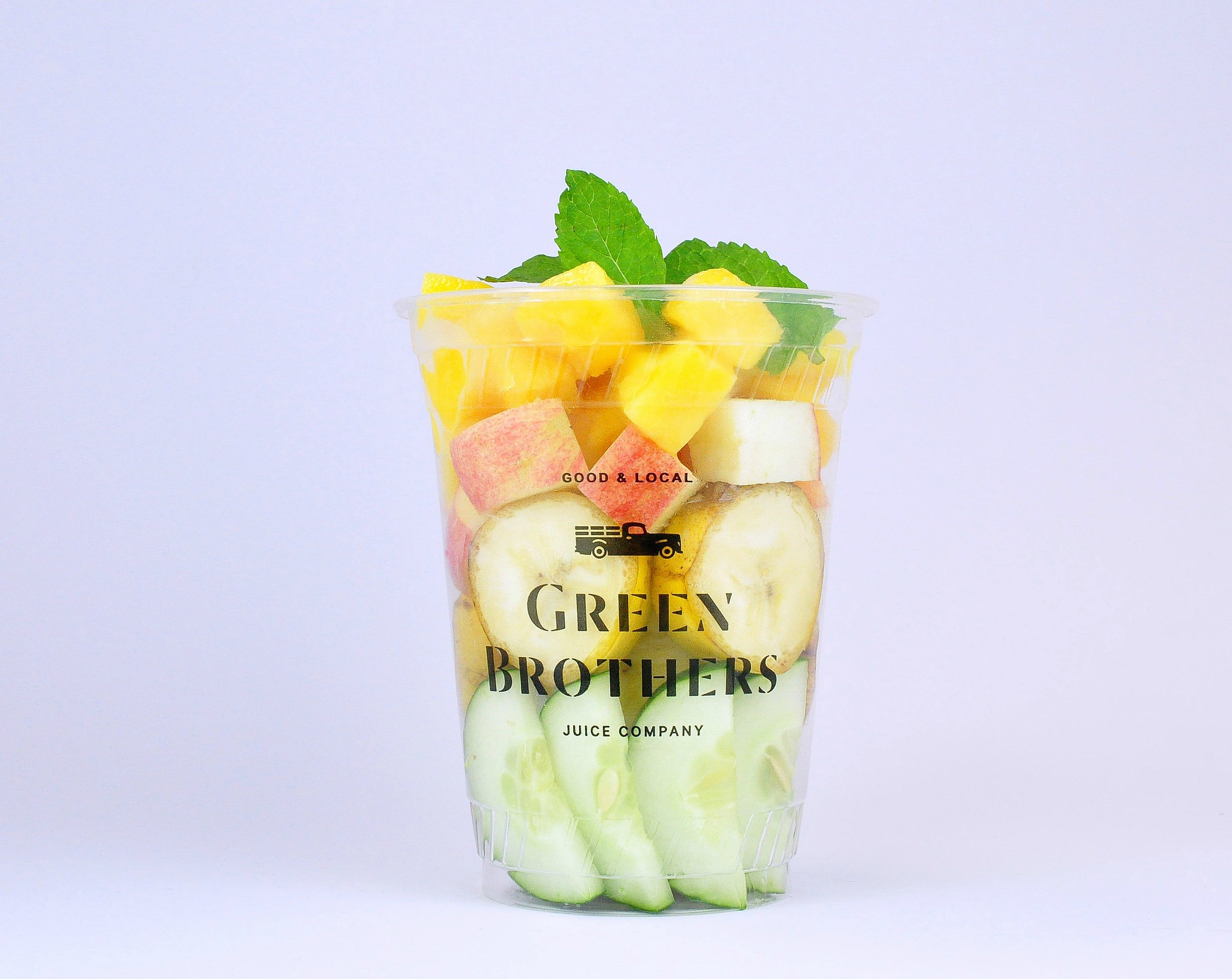 A delicious and refreshing dose of fruits and vegetables. - mango, banana, cucumber, mint, spirulina, applejuice & almond milk
