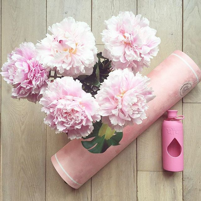 Love this pic of our @ghongha blush bottle from our 💕🌸👌 stockist @beeathletica 🐝 #repost