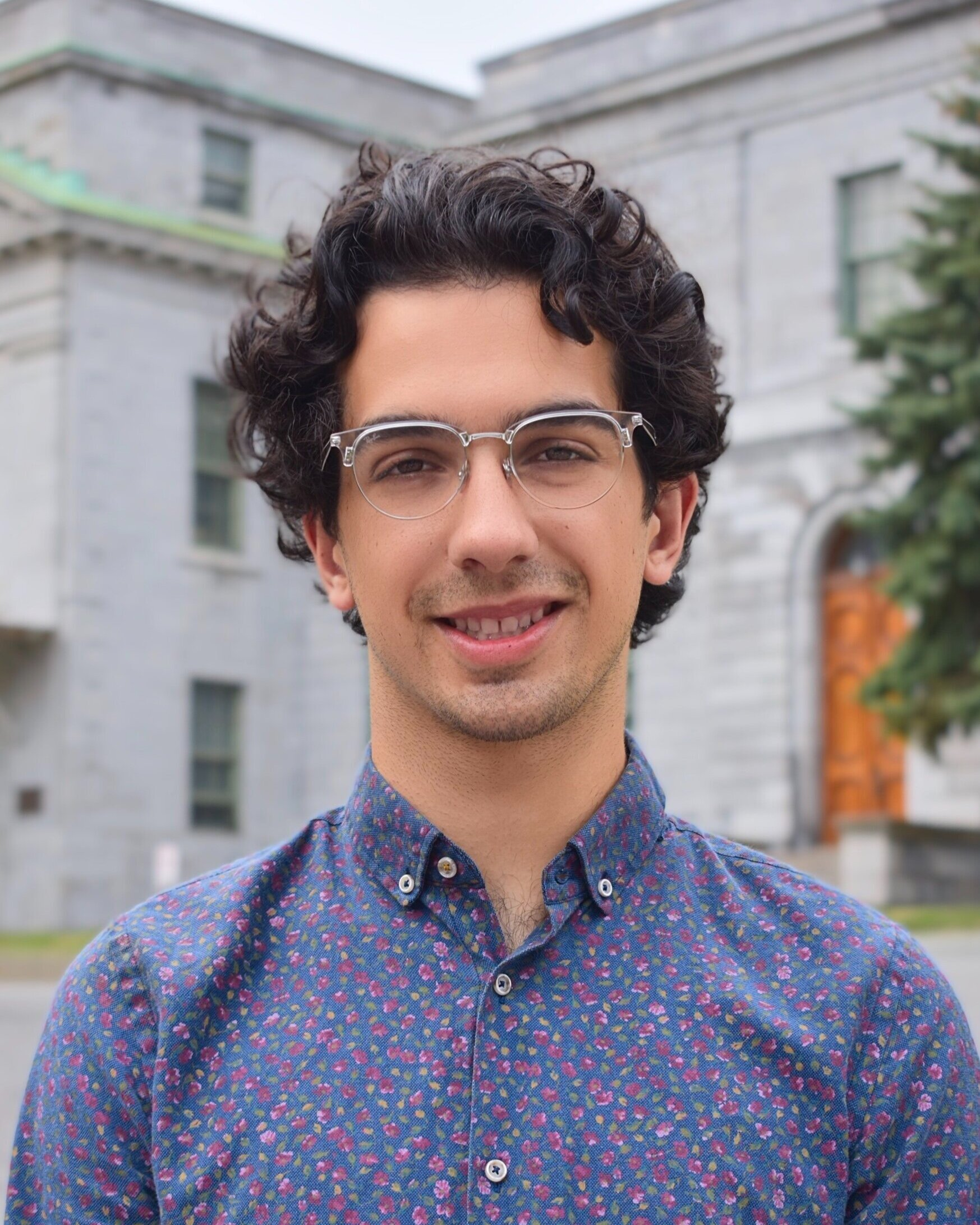 VP Communications - Audun Jawanda   Hiya! My name is Audun Jawanda and I am this year's VP Communications. I am U3 double-majoring in Political Science and Economics, with a primary interest in International Political Economy and International Trade. I'm a proud New Yorker, despite the fact that real New Yorkers would say I'm not from the city. I love skiing, playing frisbee and spending far too much time wasting on the internet (reddit, twitter, whatever). My goal this year is to make all PSSA communications engaging, aesthetically pleasing and timely to make sure you all know what's going on. If you have anything interesting happening on campus or just want to chat (over email? really?), email me at  communications@mcgillpssa.ca