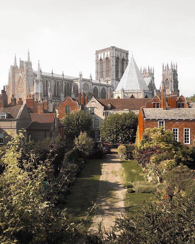 """Postcard from York ✨"" 📸@dy_ellie 📍York, England"