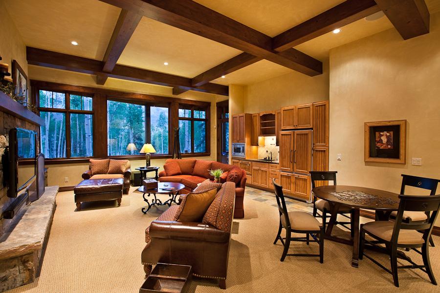 LuxuriousLivingSpaces.jpg