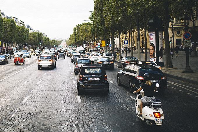 Champs-Elysee-France.jpg