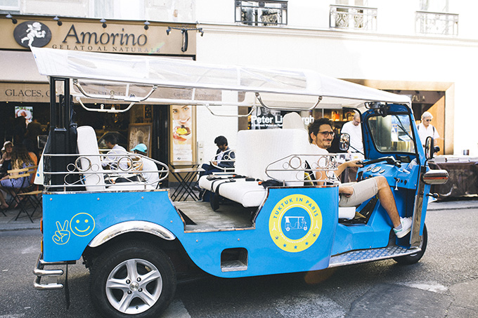 Tuktuk-in-Paris.jpg