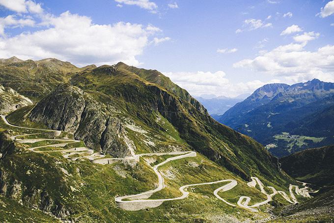 Road-trip-Switzerland.jpg