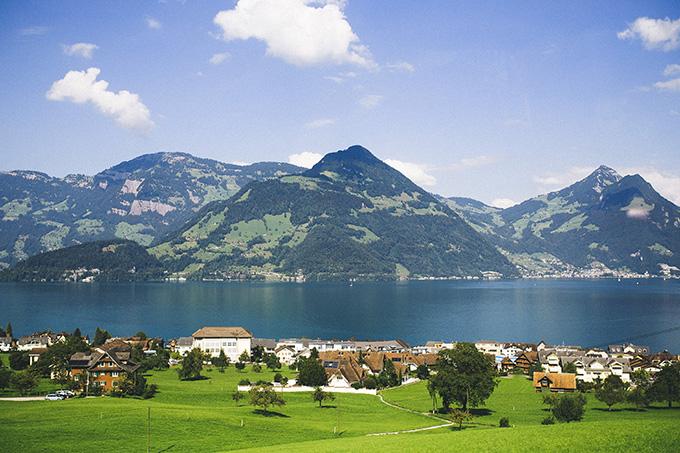 Switzerland-Lakes.jpg