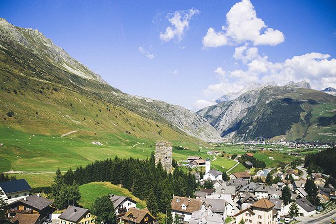 Switzerland-Mountain-Towns.jpg
