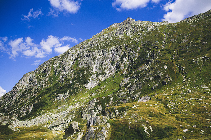 Visit-the-Swiss-Alps.jpg