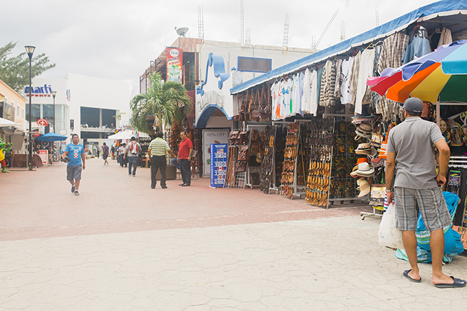Visit-the-Cancun-Marketplace.jpg