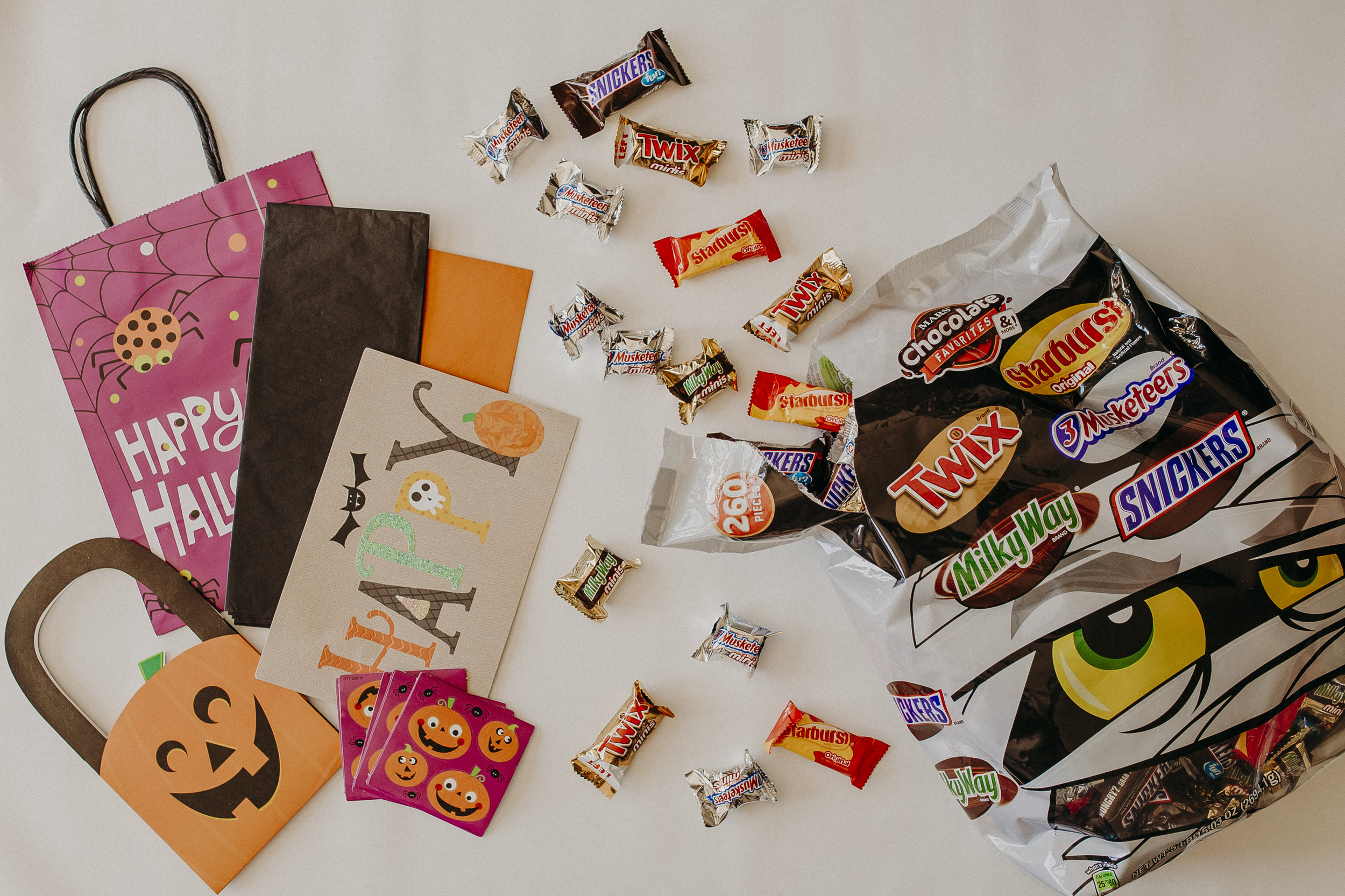 Halloween-Boo-Kit-Tutorial.jpg