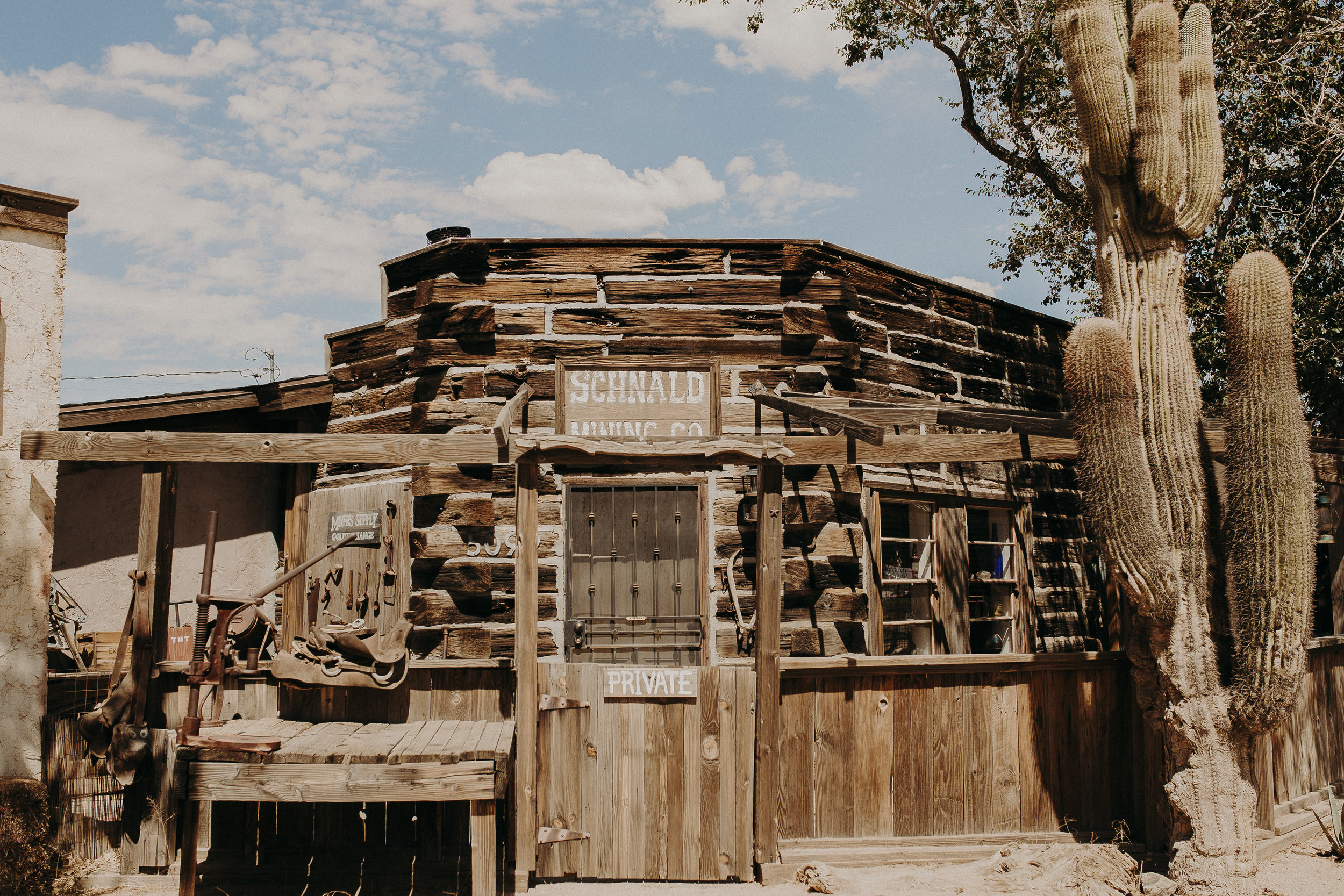 Pioneertown-California-2.jpg