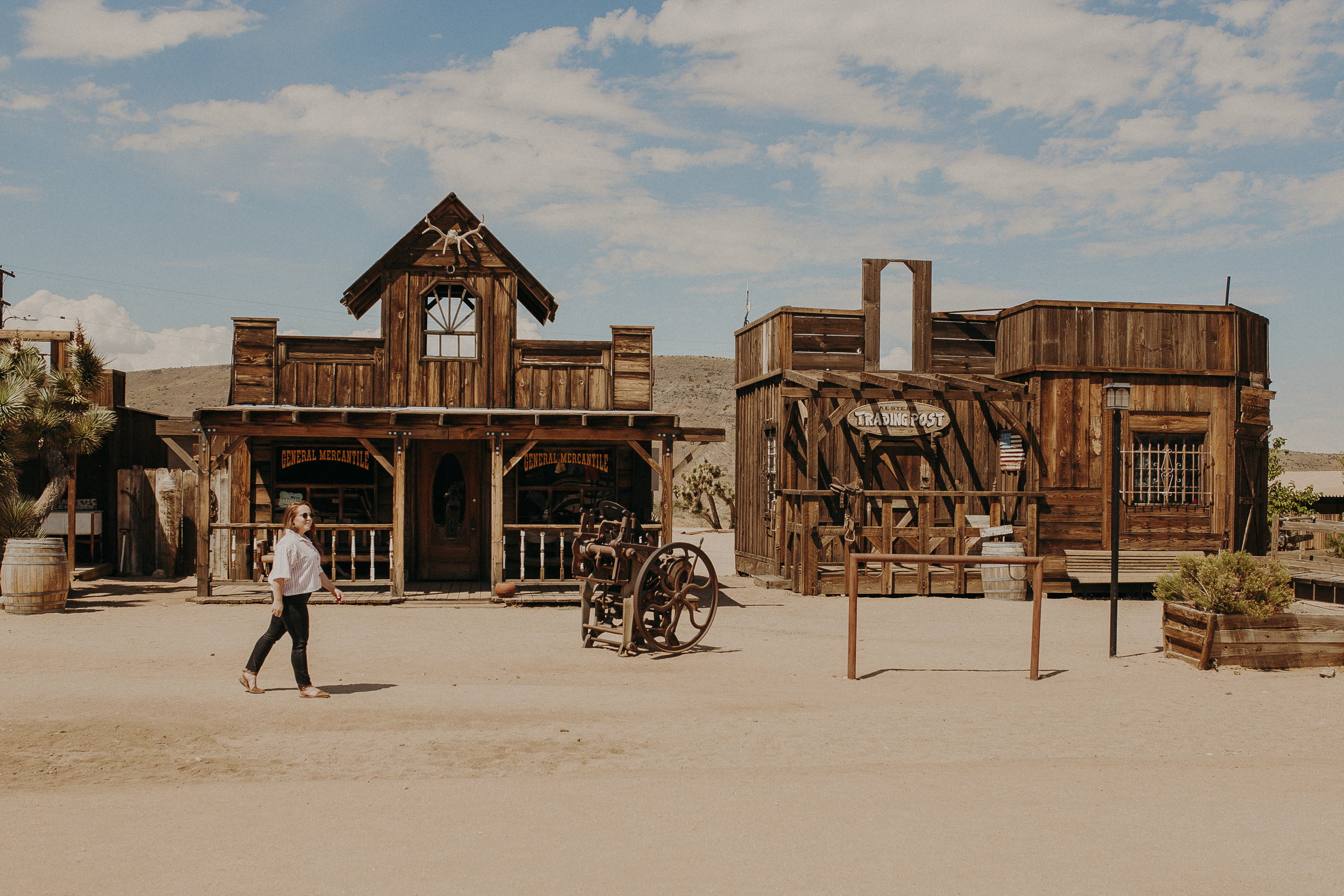 Pioneertown-California-6.jpg