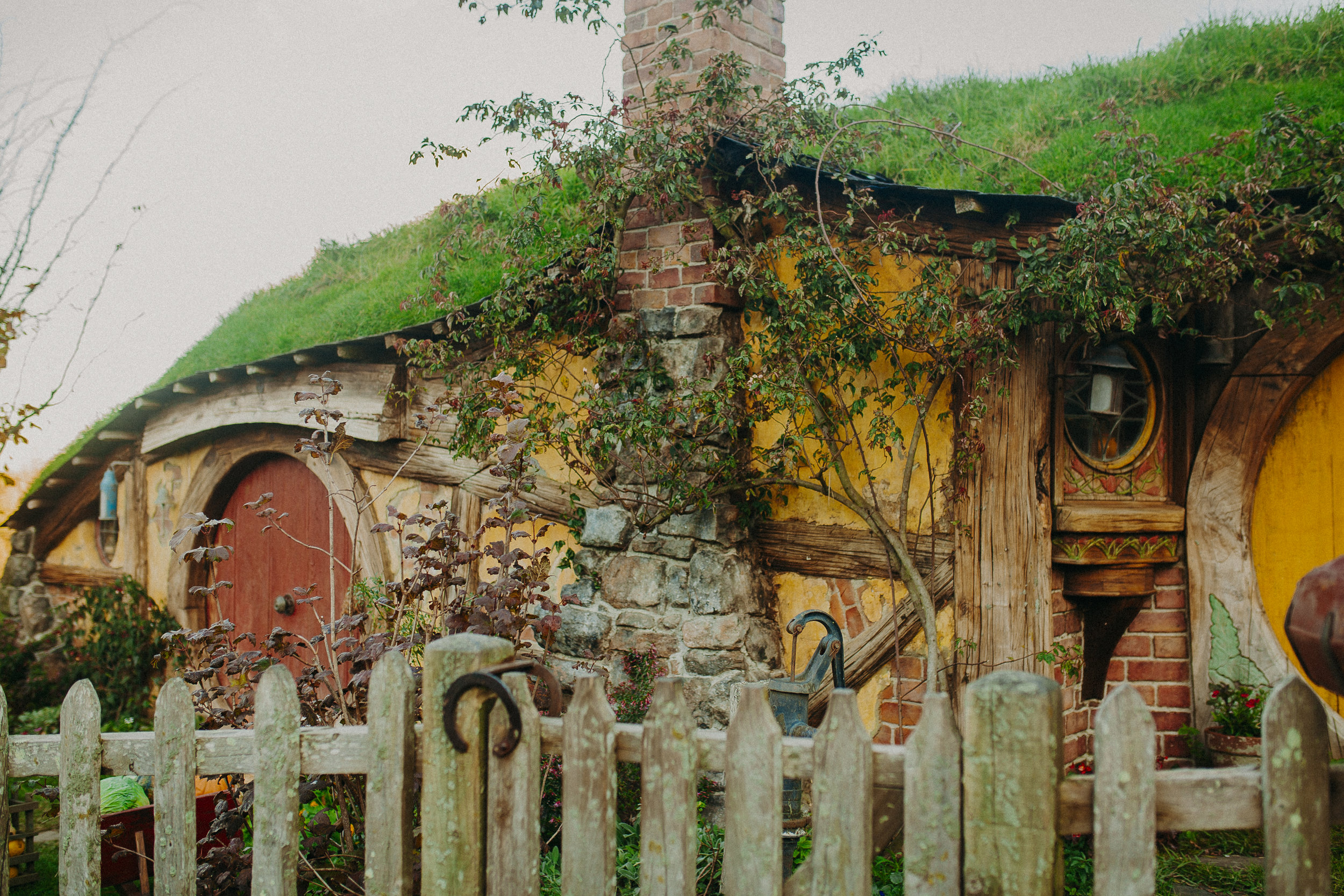 hobbiton-new-zealand-lord-of-the-rings-tour-12.jpg