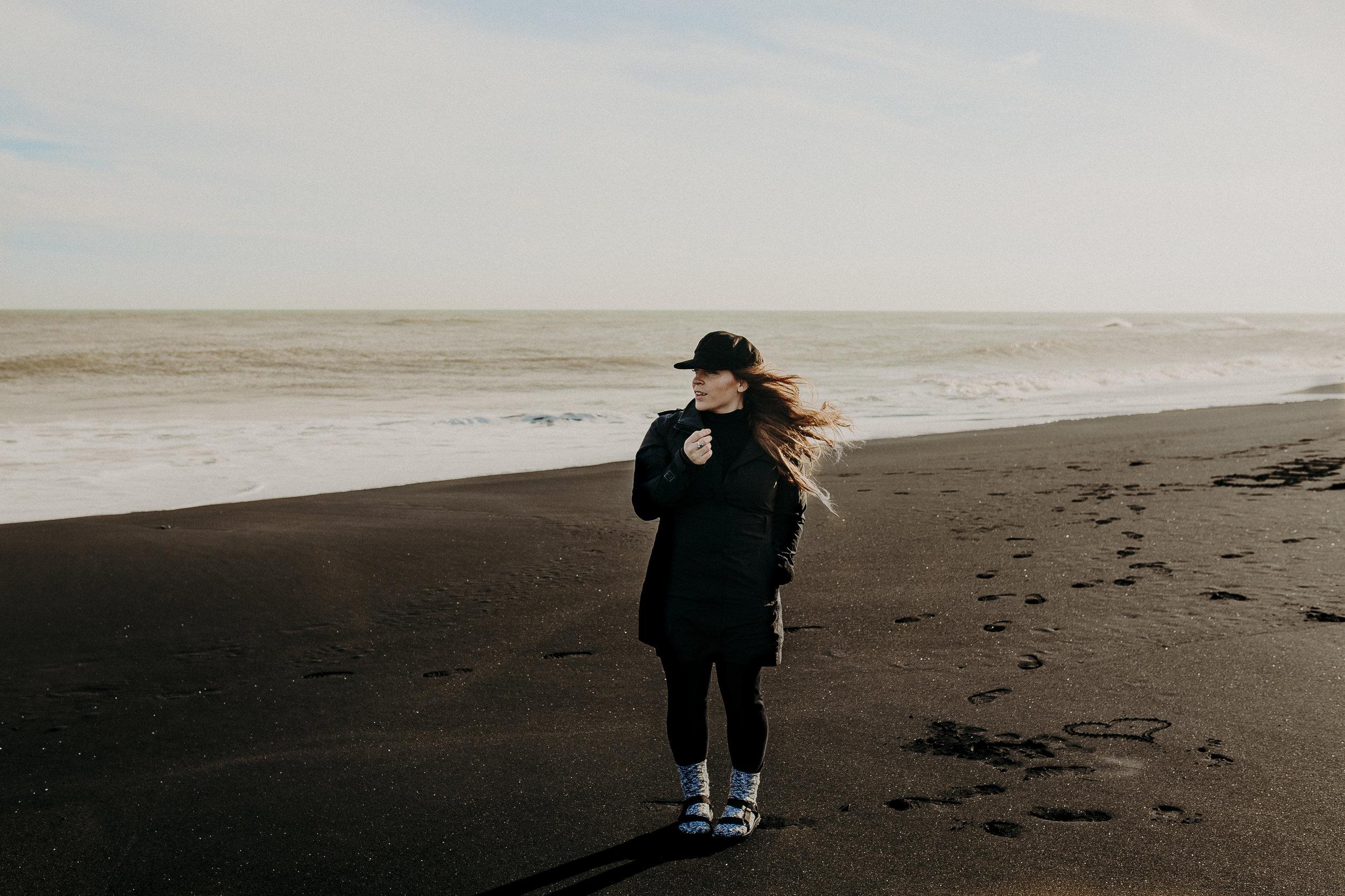 new-zealand-black-sand-beaches-north-island-18.jpg