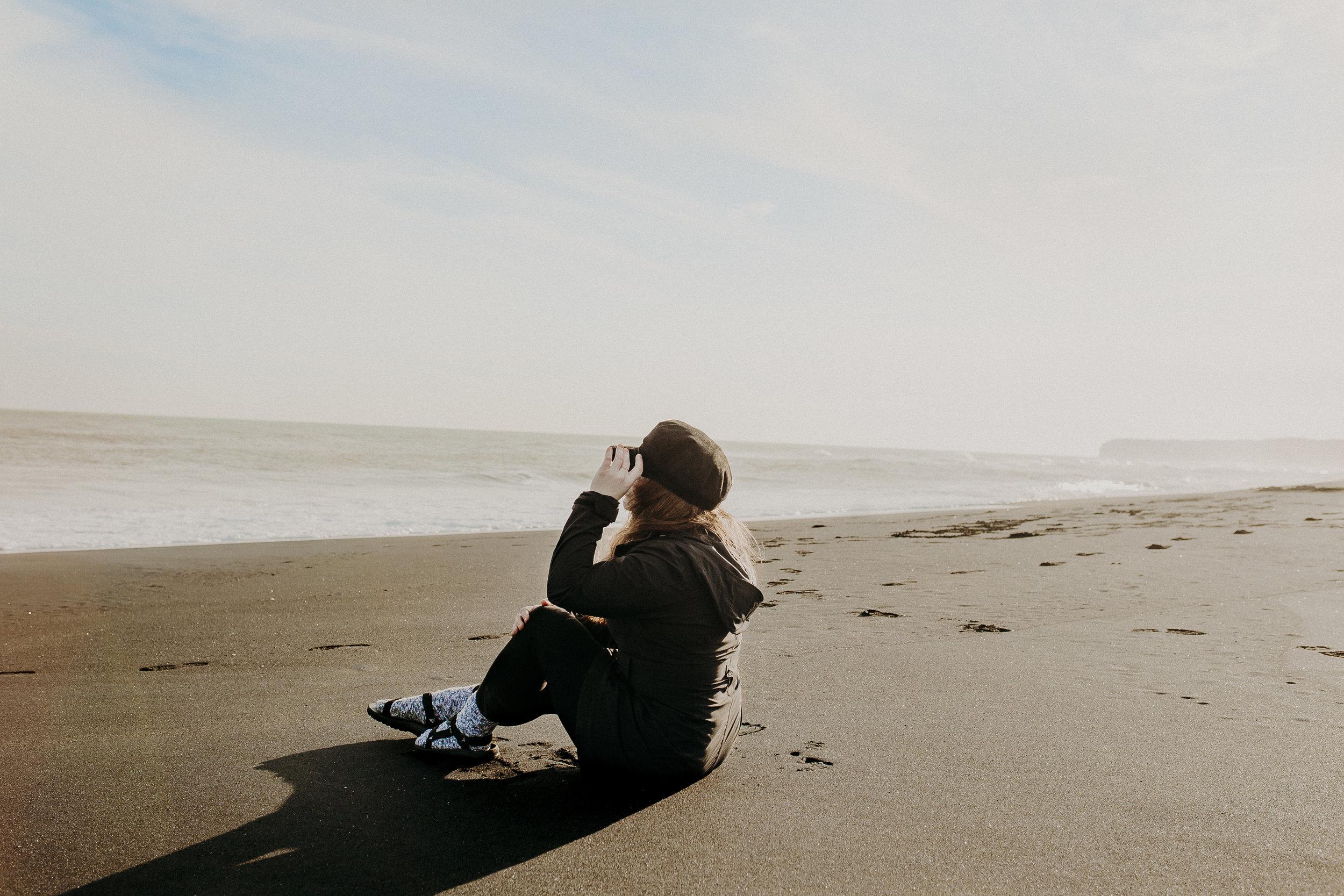 new-zealand-black-sand-beaches-north-island-7.jpg