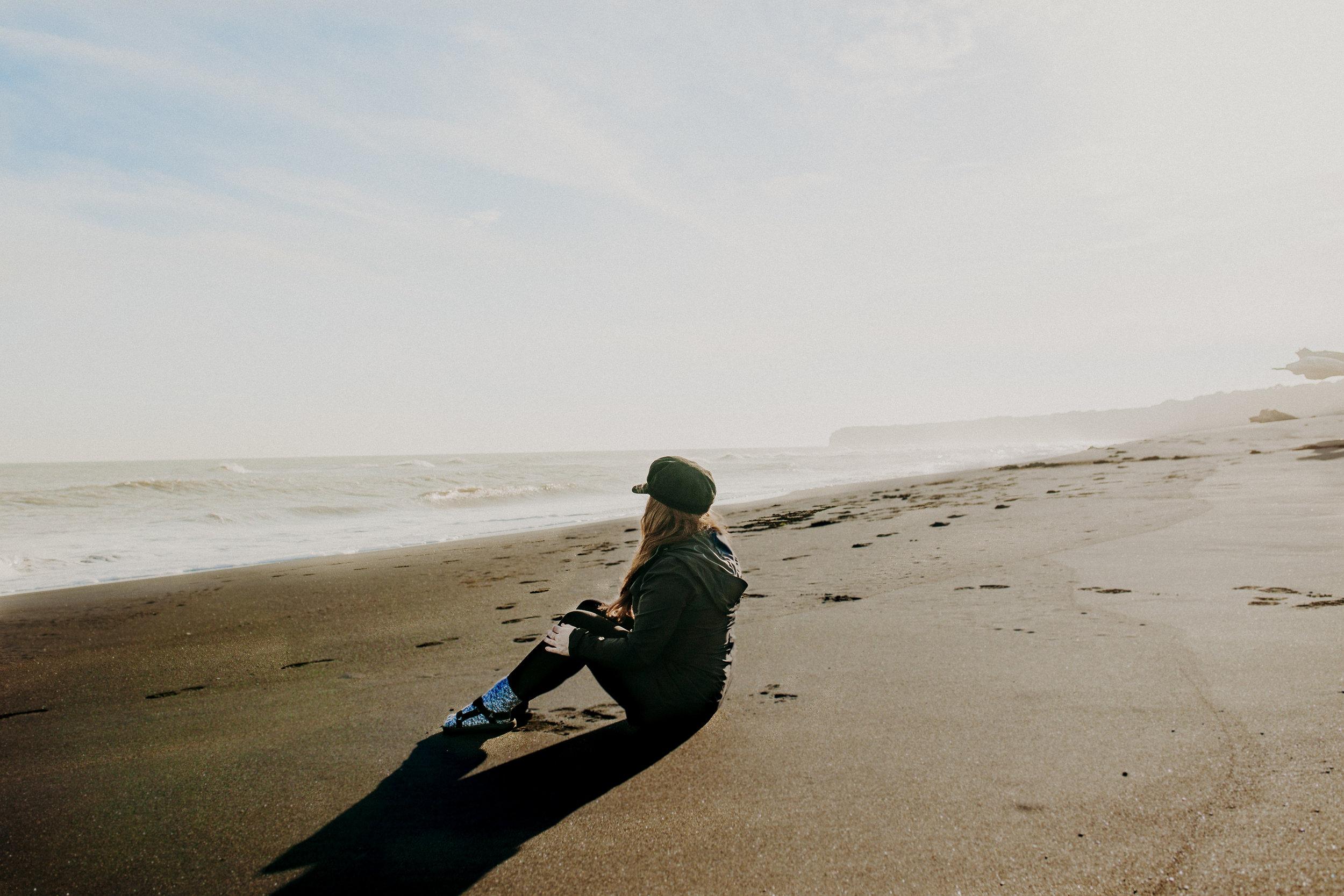 new-zealand-black-sand-beaches-north-island-9.jpg