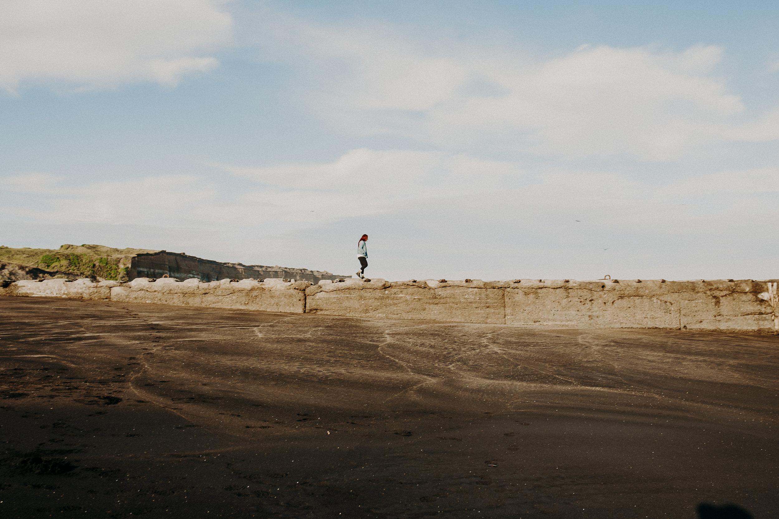 new-zealand-black-sand-beaches-north-island-16.jpg