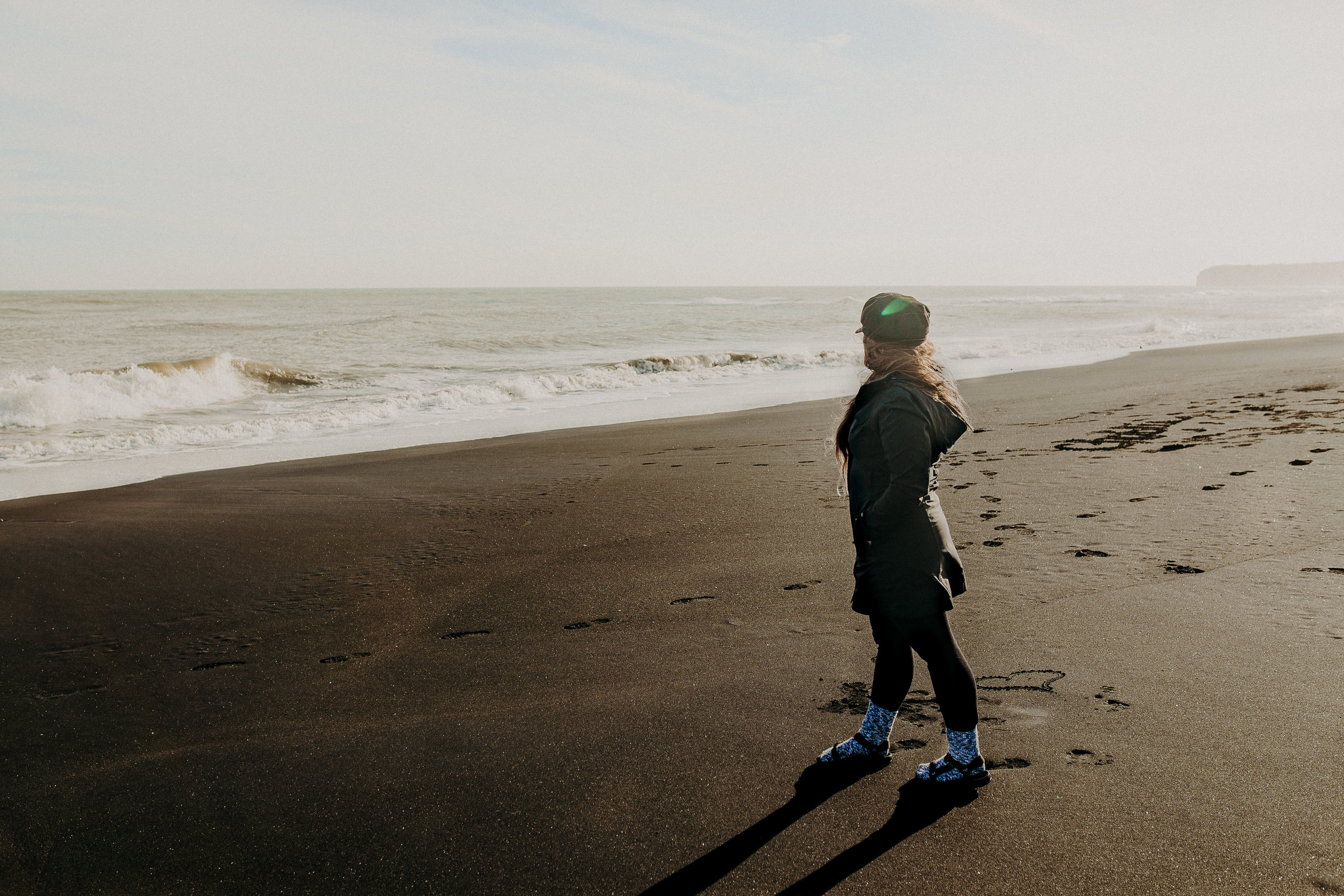 new-zealand-black-sand-beaches-north-island-17.jpg