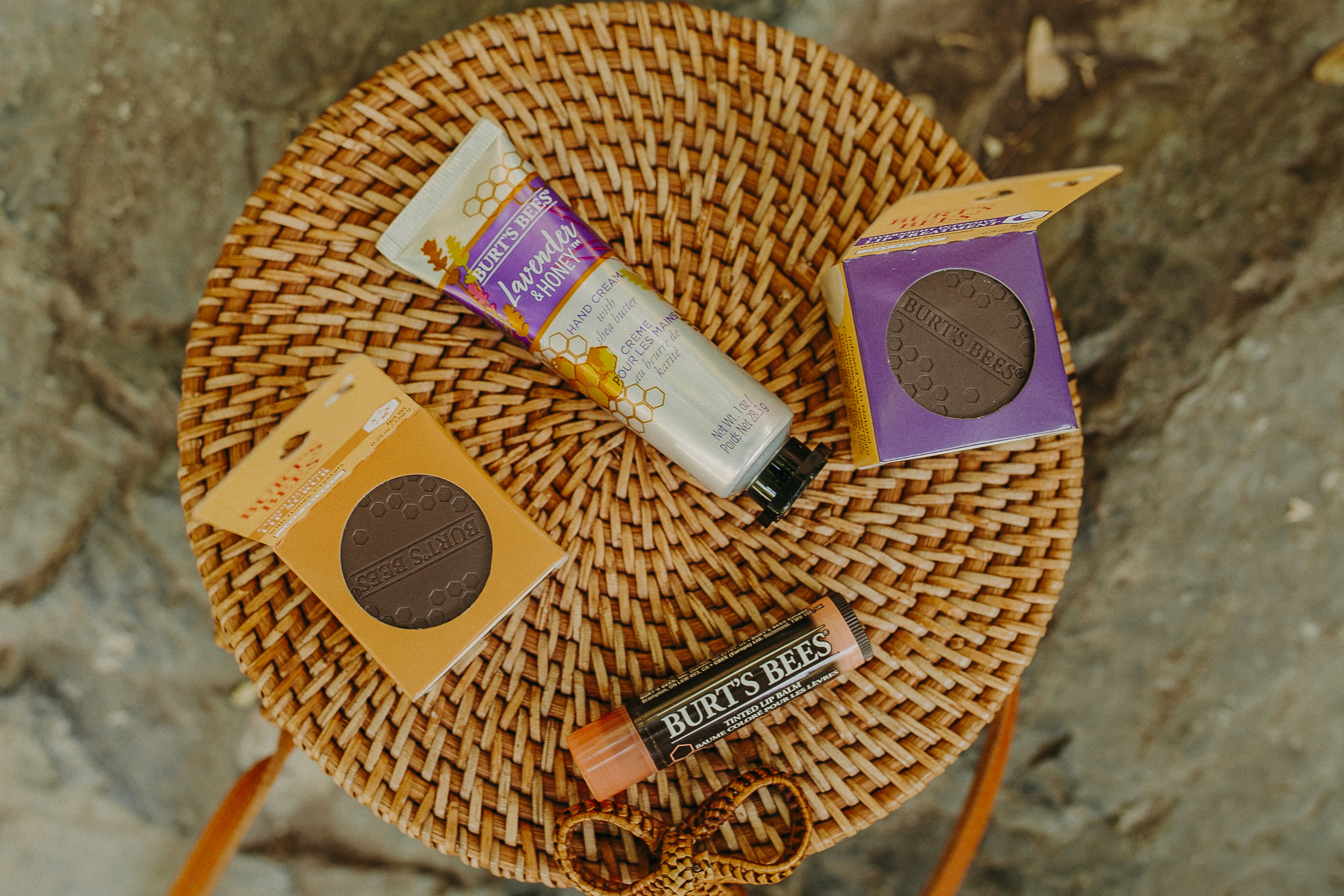 burts-bees-fall-lip-products-26.jpg