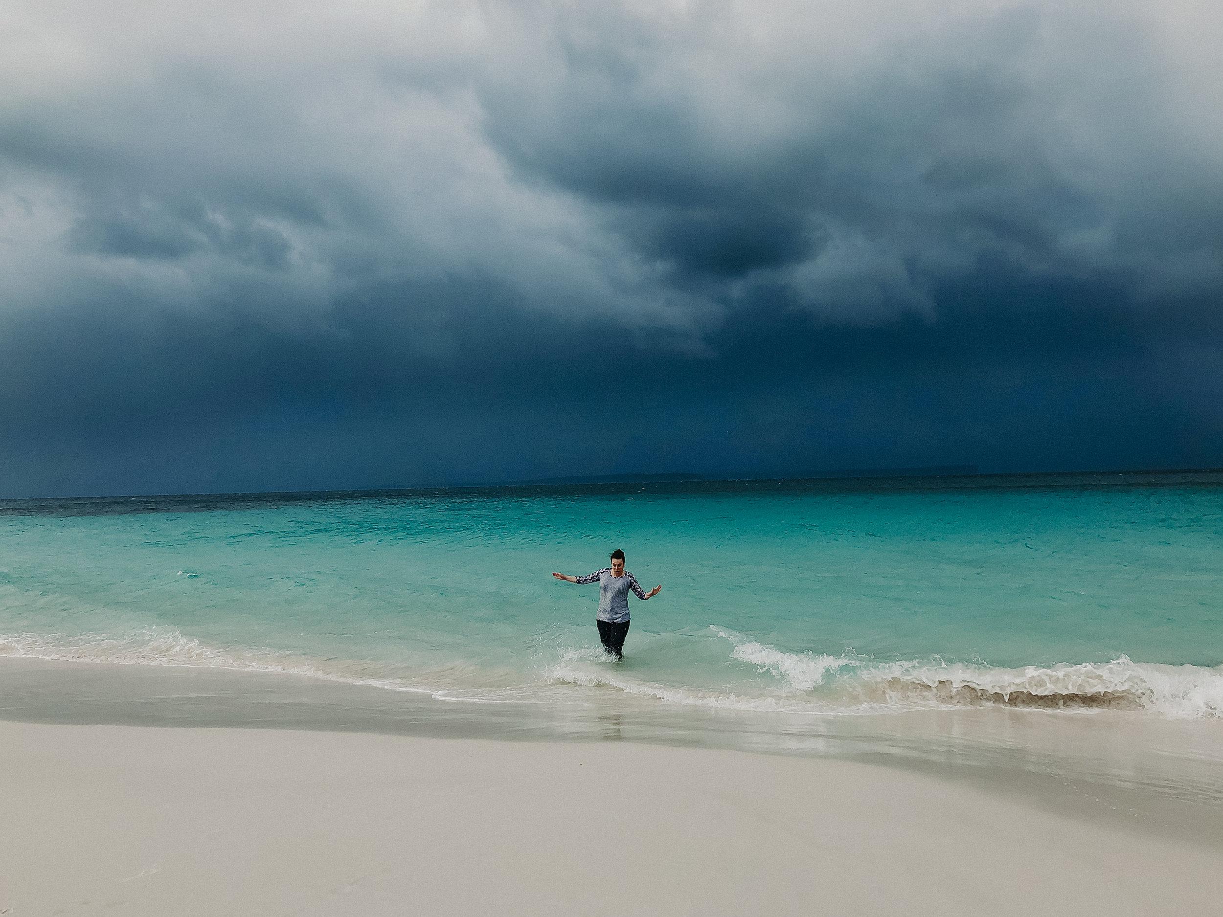 Hyams-Beach-Australia-Whitest-Sand-In-The-World-7.jpg