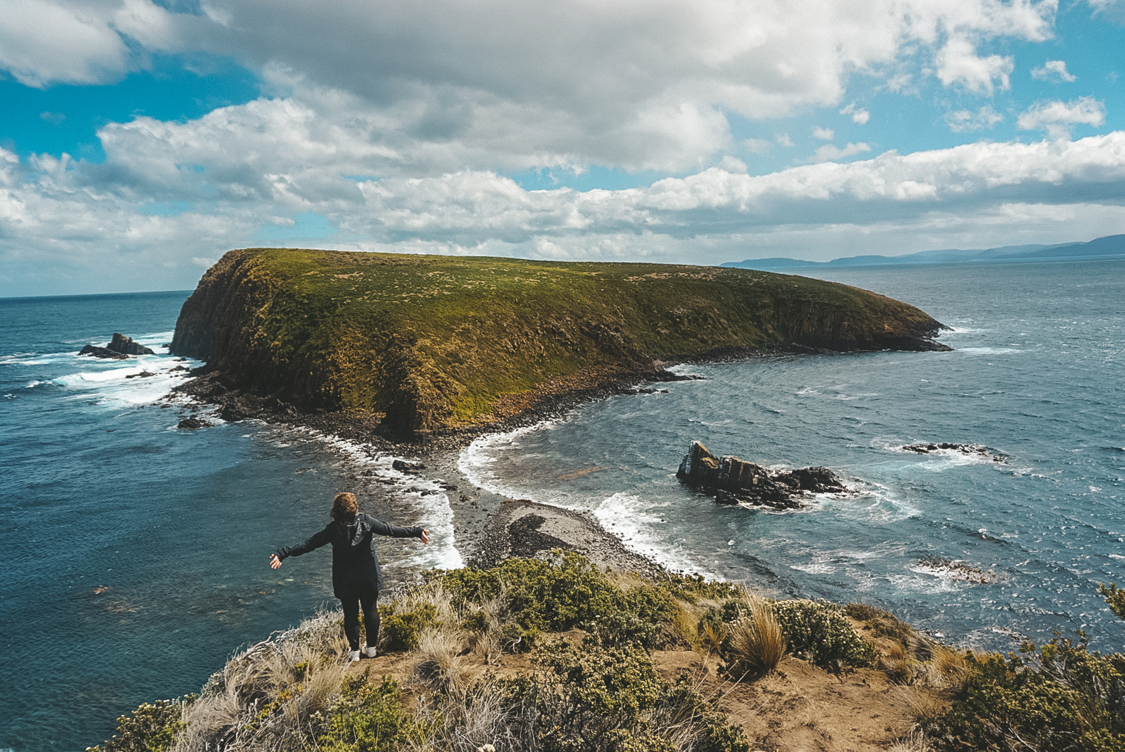 Bruny Island Tasmania Lighthouse.jpg