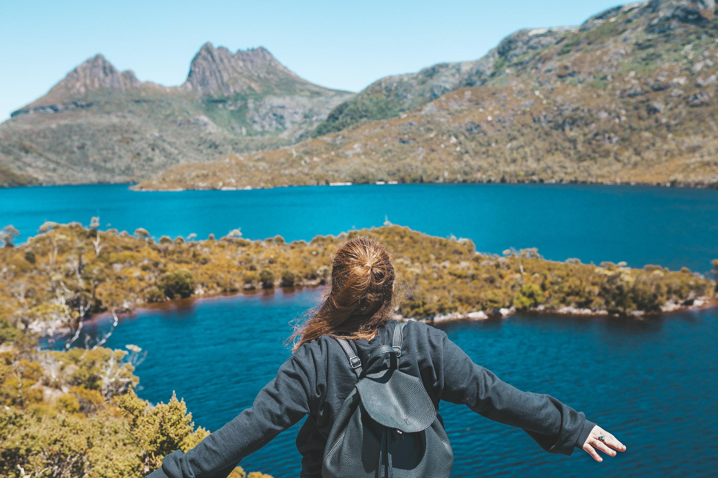 cradle mountain tasmania walk-2.jpg