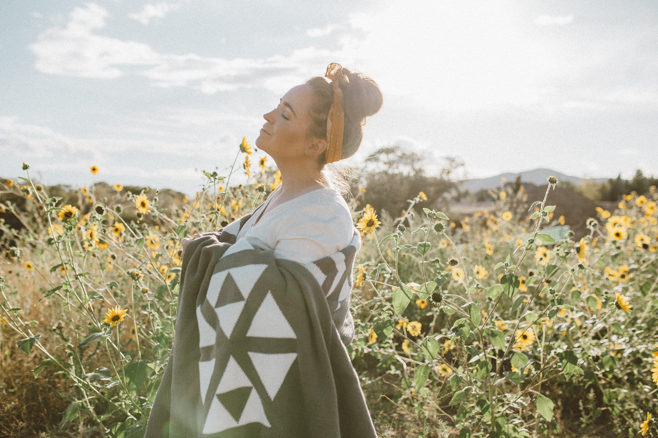 Big Blanket Co Review Sunflower Fields-2.jpg