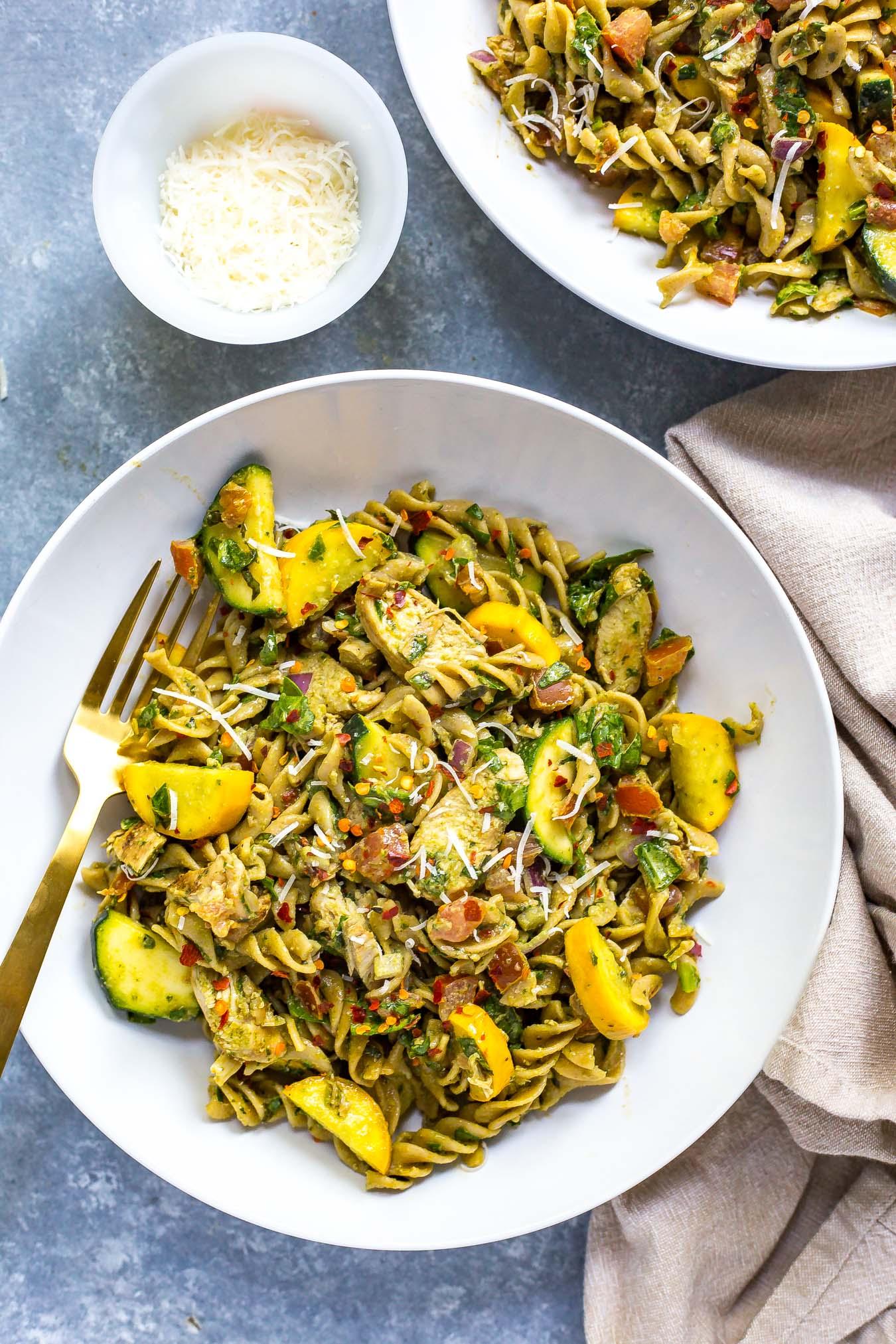 Whole Wheat Summer Pesto Meal Prep Pasta.jpg