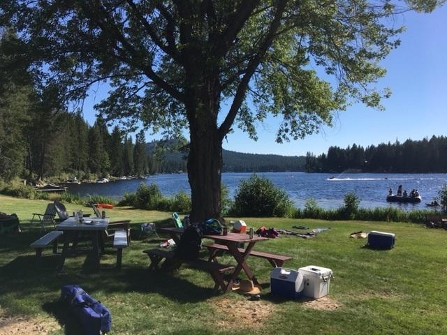 Lake Party 2.jpg
