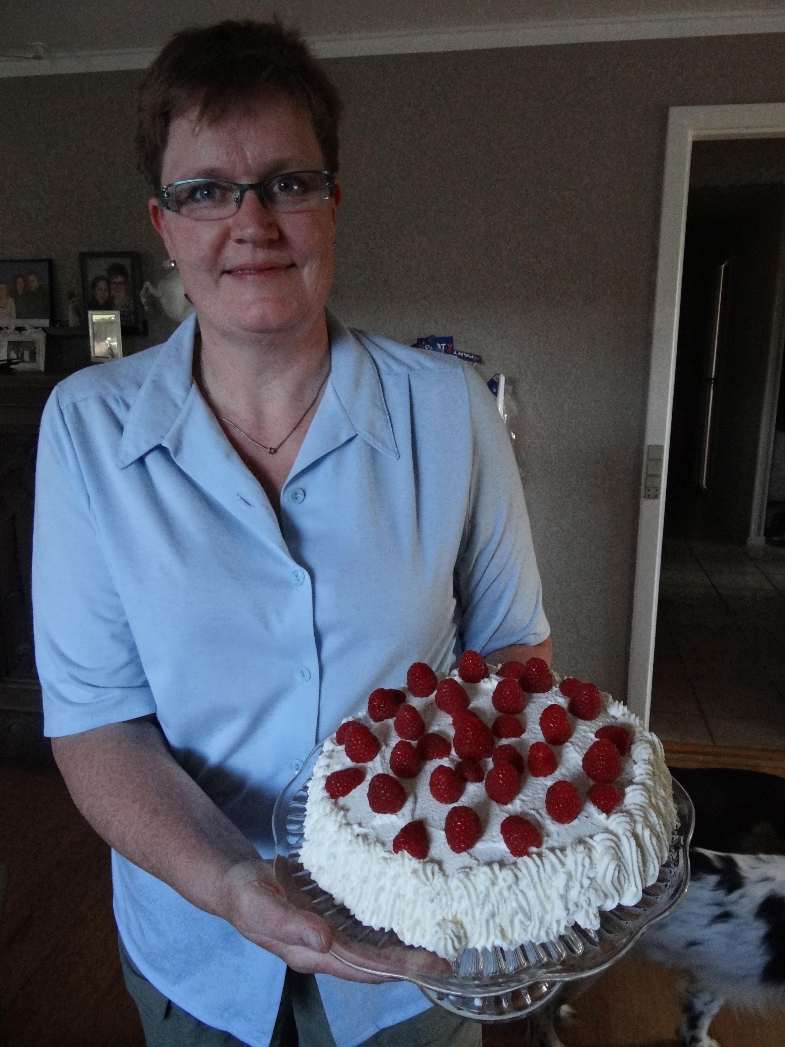Lone birthday cake.jpg