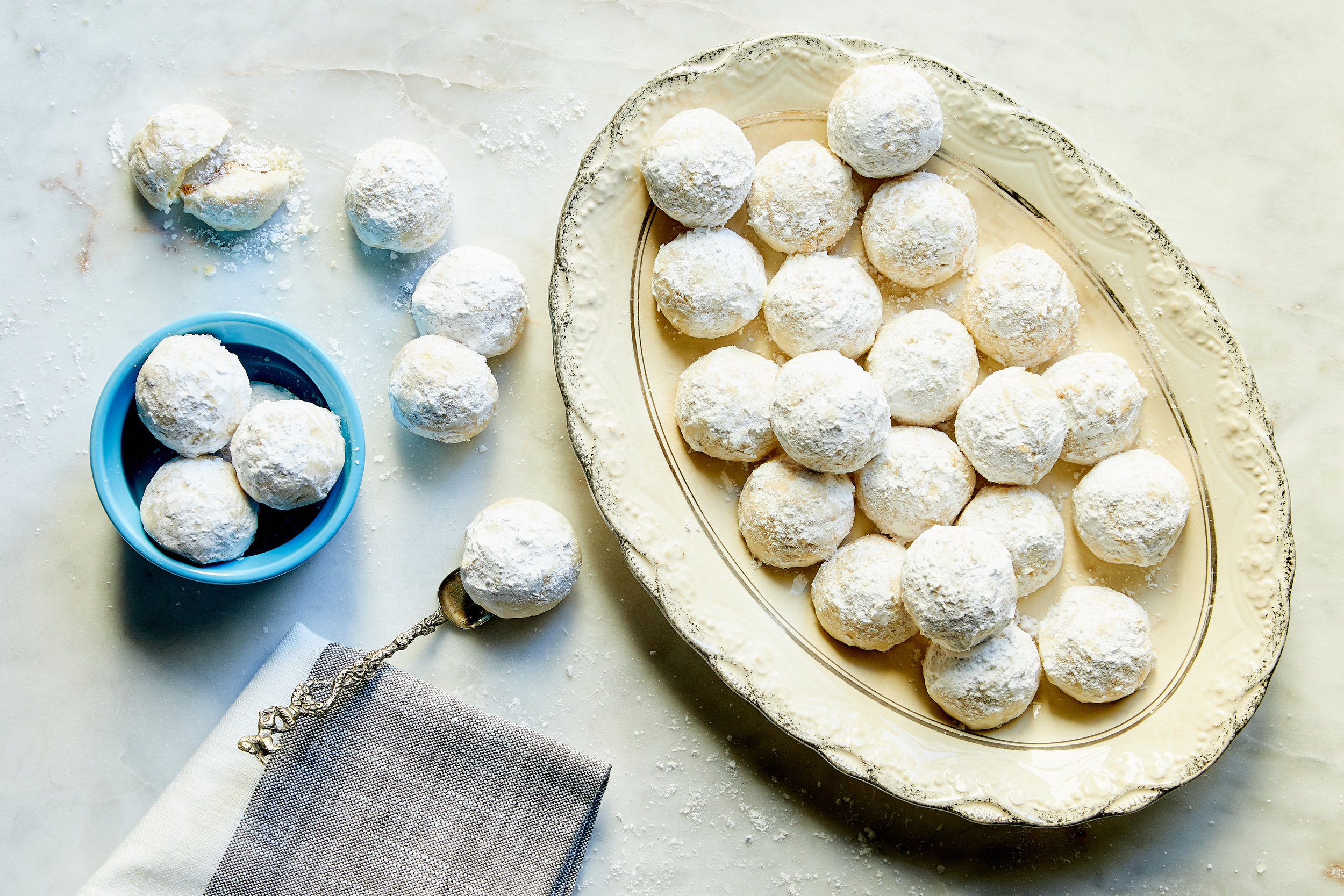 Dessert, Almond Powdered Sugar Cookies_Chefd.jpg