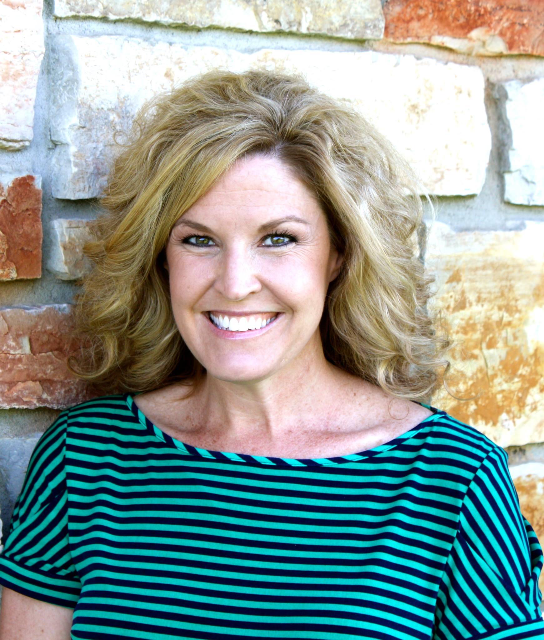 Melissa Larson.jpg